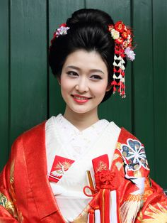 Japanese Geisha, Japanese Beauty, Japan Woman, Japan Art, Asian Fashion, Wedding Makeup, Kimono, Marriage, Hair Beauty
