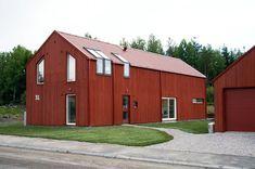 INREDNINGSMAMMA: Drömmar Outside Paint, Wooden House, Barn, Restoration, Shed, Outdoor Structures, House Design, Architecture, Garage