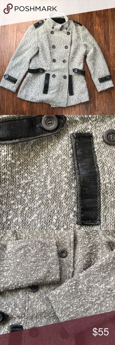 """BKE Outerwear Silver/Gray Pea Coat Size Small Jacket is in excellent condition! It feels so warm!  trades  Armpit to armpit: ~18.5"""" Sleeves: ~20.5"""" Length: ~25.5"""" BKE Jackets & Coats Pea Coats"""