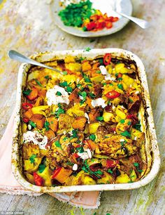 Jamie Oliver: Chicken & chorizo bake, peppers, sweet potatoes &…