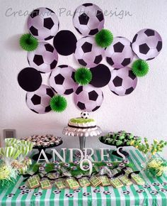 Soccer Party Fiesta Futbol CreativaPartyDesign Más Sports Themed Birthday Party, Soccer Birthday Parties, Football Birthday, Soccer Party, Boy Birthday, Party Mottos, Party Fiesta, Disco Party, Party Time