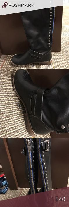Black high boots Bought from khols. Only worn 3 times, very good quality. Leather, some damage on side but not noticeable. khols Shoes Winter & Rain Boots