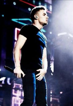 LIAM. THAT HAND.