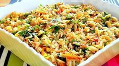 Şehriyeli Sebze Salatası Tarifi Appetizer Salads, Appetizers, Turkish Salad, Fried Rice, Fries, Ethnic Recipes, Food Blogs, Milk, Appetizer
