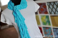 No-sew T-shirt scarfs