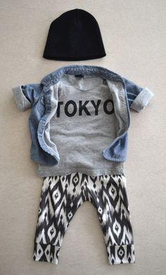 organic leggings in b&w tribal organic baby door ourlittlelullaby