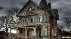 Resultado de imagen para imagenes de casas abandonadas de terror