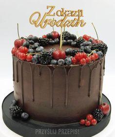 Tort czekoladowy z owocami leśnymi - PrzyslijPrzepis.pl Acai Bowl, Birthday Cake, Breakfast, Party, Food, Fiesta Party, Eten, Meals, Parties