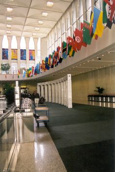 #methodcandles   #firstimpressions  Lobby of the South Tower WTC.before the tragedy.   NEW YORK CITY.
