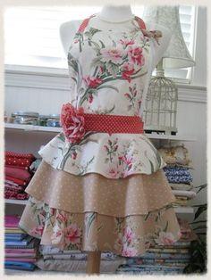 Floral & ruffles - aprons