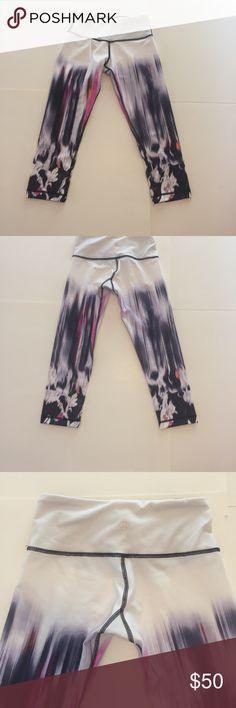 Lululemon wonder under crops tie dye white Tie dye white pink purple Wunder Under crop❤️Sz 2 EUC worn once washed once lululemon athletica Pants Track Pants & Joggers