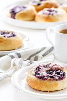 Blueberry Cream Cheese Kolaches make a sweet start to your day. Once you've had one, you'll be baking up kolaches whenever you can! Cooking Bread, Cooking Recipes, Easy Recipes, Homemade Tacos, Cream Cheese Filling, Easter Brunch, Cake Ingredients, Coffee Cake, So Little Time
