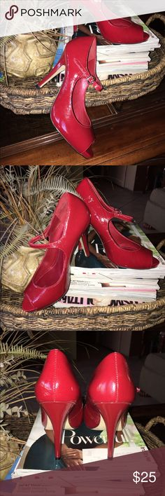 Red Aldo heels! Red Aldo Mary Jane style heels. lightly used, in good condition. In original box. Great for Holiday season. ⚡️Fast Shipping!⚡️don't hesitate to ask if you have any questions, price is negotiable, also bundle discounts are available! 😉 Aldo Shoes Heels