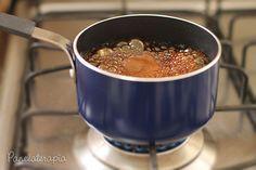 OTeriyaki é aquele molho que parece um caramelo agridoce que dá pinta em vários pratos da culinária oriental. Eu adoro usá-lo sobre o salmão ou atum grelhado, mas, combina muito com frango ta…