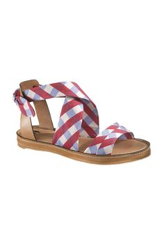 {Hush Puppies Regards Sandals} these make me want to go on a picnic!