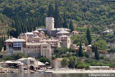 Croazieră la Muntele Athos - Grecia | Blog de Calatorii Mansions, House Styles, Blog, Manor Houses, Villas, Mansion, Blogging, Palaces, Mansion Houses
