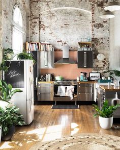 """1,805 mentions J'aime, 15 commentaires - Interiors Magazine (@interiorsmagazine) sur Instagram : """"Warehouse Apartment by Hunting for George 