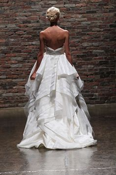 13 Spectacular New Hayley Paige Wedding Dresses | OneWed
