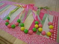 Gumball Ribbon Necklaces! These would be an adorable party favor!