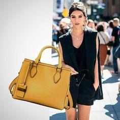"""A Bolsa """"Virgínia"""" chegou agora na cor mostarda para trazer ainda mais personalidade para o seu dia a dia. #lançamento   #BH   R. Ceará, 1332.  31 99837-9999    #SP   R. Oscar Freire, 677.  11 97481-8010    #fashionaccessories #fashionlovers #coolhunting #bolsadecouro #blogger #lookdodia #bolsas #bolsapravidatoda #leatherbags"""