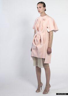 Dis/sect 2013 Fashion Collection // Minette Shuen | Afflante.com