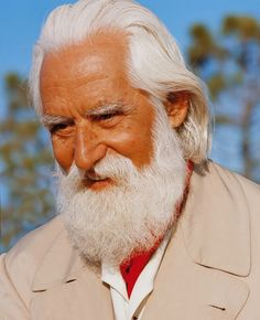 Omraam Mikhaël Aïvanhov (January 31, 1900 - December 25, 1986) was a Bulgarian philosopher, pedagogue, alchemist, mystic, magus and astrologer. A leading 20th-century teacher of Western Esotericism in Europe, he was a disciple of the universal spiritual Master Peter Deunov (Beinsa Douno), the founder of the Universal White Brotherhood. http://www.amazon.com/Divine-Magic-Omraam-Mikhael-Aivanhov/dp/8190848739/ref=sr_1_5?s=books&ie=UTF8&qid=1444428430&sr=1-5&keywords=omraam+mikhael+aivanhov
