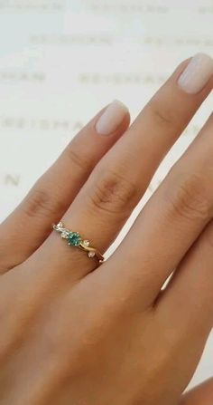 Cute Promise Rings, Cute Rings, Pretty Rings, Zierlicher Ring, Industrial Piercing Jewelry, Earring Trends, Jewelry Trends, Gold Ring Designs, Vintage Mode