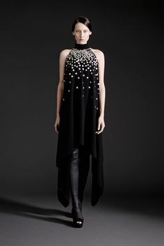 Spring 2015 Ready-to-Wear - Gareth Pugh. If Emma Watson's feeling witchy, this would be great.