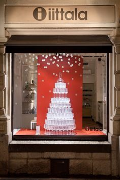 Helsinki, a cake of glass in this simple and effective window display.