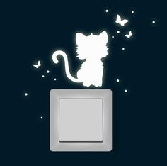 Leuchtsticker Katze Schmetterlinge fluoreszierend von deinewandkunst auf DaWanda.com