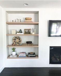 Storage shelves living room display 43 ideas for 2019 Home Living Room, Interior Design Living Room, Living Room Decor, Recessed Shelves, Storage Shelves, Shelving, Niche Decor, Spa Like Bedroom, Living Room Shelves