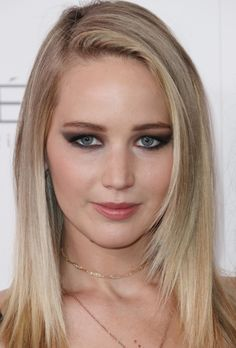 My Wife Jennifer Lawrence Beautiful Celebrities, Beautiful Actresses, Beautiful Women, Happiness Therapy, Jennifer Laurence, Manequin, Jennifer Lawrence Pics, Actress Pics, Female Actresses