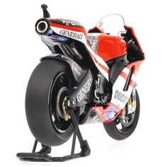 Ducati D16 N.Hayden 2011 - Exclusive Danhausen L.E. 700 pcs. by Minichamps