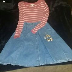 Bundled Beautiful Blue Jean Skirt/Stripe Top This beautiful skirt  about 33 inches long,can be worn casual or dress it up with any blouse or the top that's bundled with the skirt the top is a size Medium,  accessories are not included. Skirts Maxi