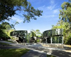 Cairns Botanic Gardens Visitors Center by Charles Wright Architects, Photo by Patrick Bingham-Hall, 2