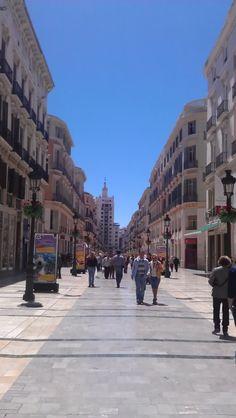 Calle Larios, arteria principal del centro de la ciudad.