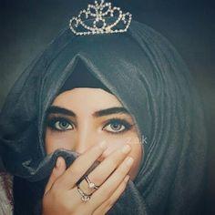 Zara Afreen Khan 🤗 Hijab Niqab, Hijab Outfit, Beautiful Hijab, Beautiful Eyes, Gorgeous Girl, Hijab Dpz, Hijab Fashionista, Mehndi Images, Pakistani Girl