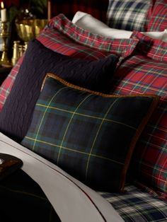 Dress Gordon Throw Pillow - Ralph Lauren Home Throw Pillows - RalphLauren.com