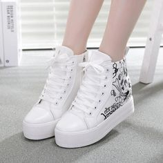 Spring and Autumn flat casual canvas women shoes fashion trend new style high help graffiti skull espadrilles mujeres zapatos Trendy Shoes, Casual Shoes, Fashion Boots, Sneakers Fashion, Work Fashion, Clarks Shoes Women, Kawaii Shoes, Latest Shoe Trends, Hype Shoes