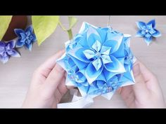 Paper Flower Ball, Paper Flowers, Origami Diagrams, Origami Ball, Origami Flowers, Crepe Paper, How To Make Paper, Christmas Angels, Blue Flowers