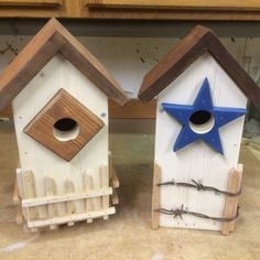 How to build a rustic birdhouse. http://crafts.squidoo.com/how-to-build-a-rustic-birdhouse