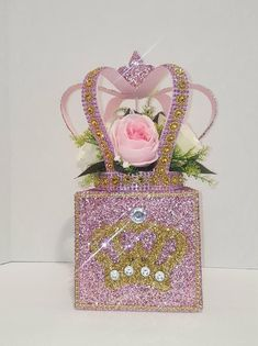 This listing includes 3 pcs. FLORAL CROWN AND BABY BLOCKS Crown : pink and gold x 10 wide Pink baby block cube & embellishment Gold baby block decorated with pink roses **Use these together like photo or split them up creating multiple centerpieces *** Princess Birthday Party Decorations, Girl Baby Shower Decorations, Baby Shower Centerpieces, Baby Shower Themes, Quince Centerpieces, Mickey First Birthday, Adult Birthday Party, 35th Birthday, Winter Wonderland Centerpieces