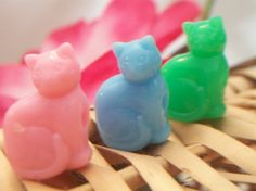 vintage cat beads cat shaped beads colorful by ALEXLITTLETHINGS