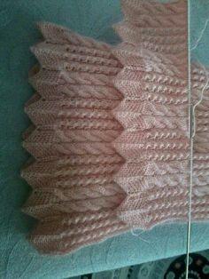 Alexandria Cardigan pattern by Connie Chang Chinchio Baby Knitting Patterns, Knitting Stitches, Hand Knitting, Stitch Patterns, Crochet Patterns, Crochet Daisy, Crochet Round, Bandana Design, Cardigan Pattern