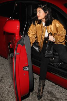 kylizzle-me - Kylie Jenner Style Kylie Jenner Daily, Kylie Jenner Workout, Looks Kylie Jenner, Kylie Jenner Pictures, Kylie Jenner Outfits, Kylie Jenner Style, Kendall And Kylie Jenner, Kim Kardashian, Chill Outfits