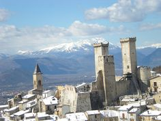 Pacentro (AQ) - Castello e Campanile by Massimo Tacchi, via Flickr