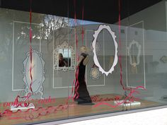 Holiday Window at Neiman-Marcus | Ace Designs Line Drawings on Magic Cling!
