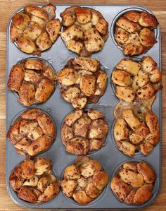 Cinnamon Roll Breakfast Muffins