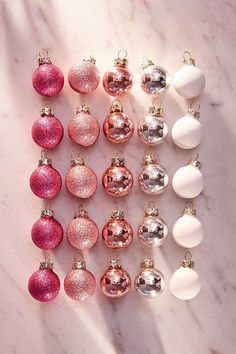 Deck The Halls With Avocado Toast: These Holiday Decorations Are Peak 2017 Funny Ornaments – 2017 Theme Best Weihnachtsschmuck Funny Christmas Tree, Merry Christmas Wallpaper, Pink Christmas Tree, Christmas Ornament Sets, Silver Christmas, Christmas Humor, Christmas Time, Pink Ornaments Wallpaper, Christmas Pictures