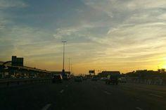 Loving this #Dubai #sunset.  #lightfunc #nature #lighting #sky #sun #mydubai #photography #design #travel #art #beautiful #peaceful #amazing